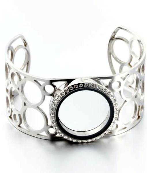 floating-locket-bracelet